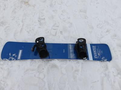 2スノーボードMOSS TWISTER